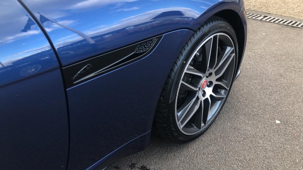 Jaguar F-TYPE R-Dynamic 5.0 2021 image 11