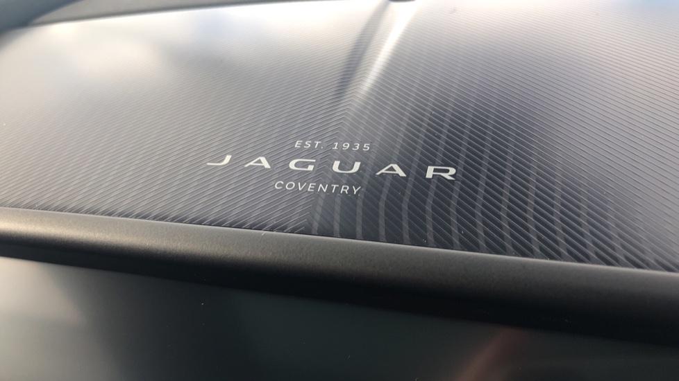 Jaguar F-TYPE R-Dynamic 5.0 2021 image 16
