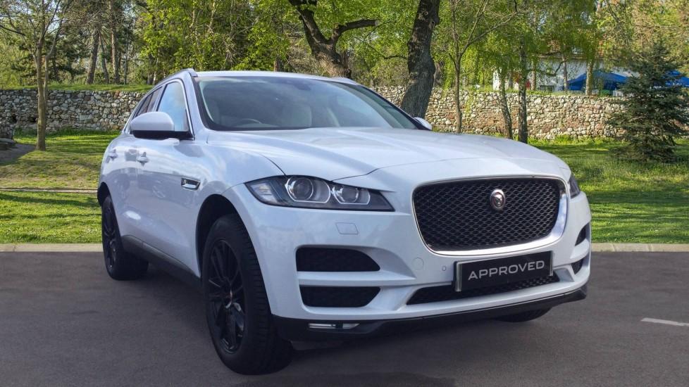 Jaguar F-PACE 2.0d Portfolio AWD - Low Miles - Pan.Roof - Privacy Glass -  Diesel Automatic 5 door Estate