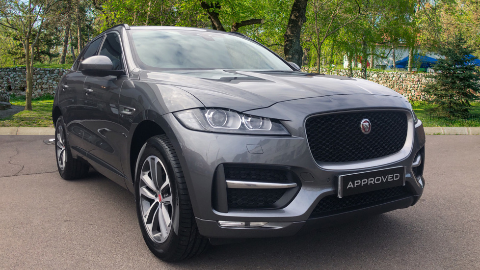 Jaguar F-PACE 2.0d R-Sport 5dr AWD with InControl Pro Diesel Automatic 4 door Estate (2017) image