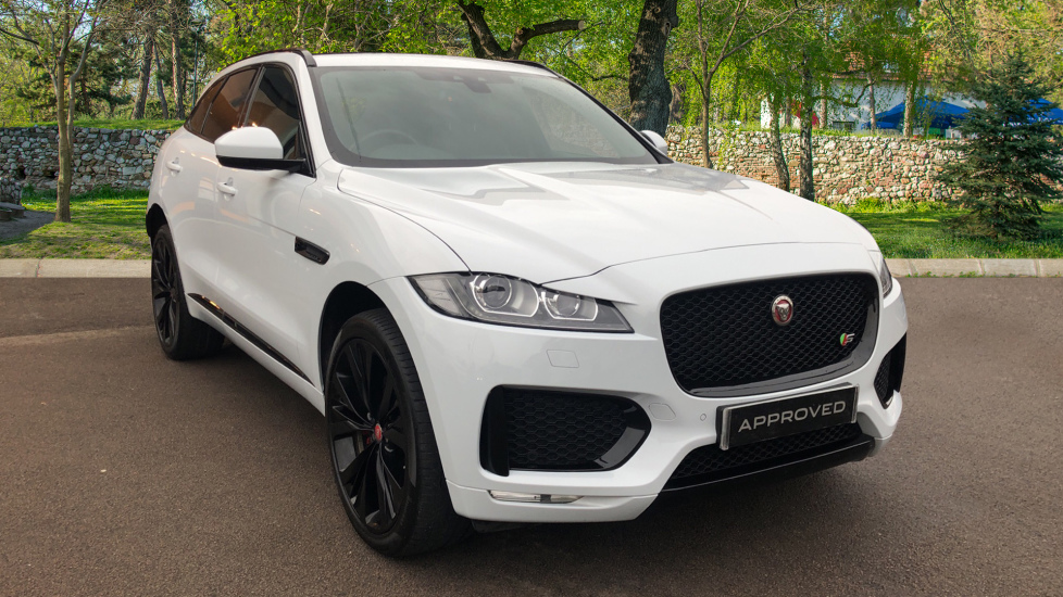 Jaguar F-PACE 3.0 Supercharged V6 S 5dr AWD Automatic 4 door Estate (2017)