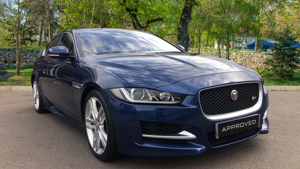 Jaguar XE 2.0d [180] R-Sport 4dr with 19inch Alloys and HUD. Diesel Saloon (2016) image