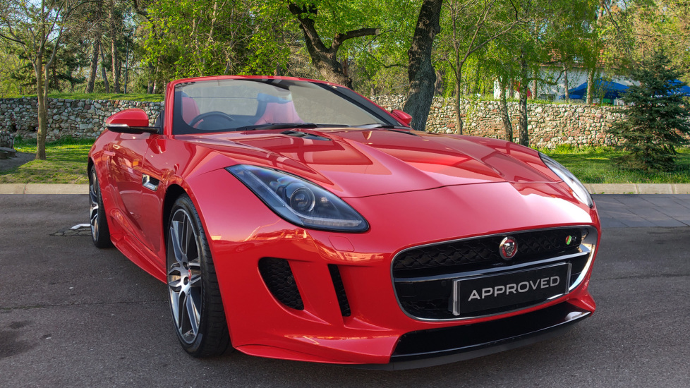 Jaguar F-TYPE 5.0 Supercharged V8 R 2dr Automatic Convertible (2016)