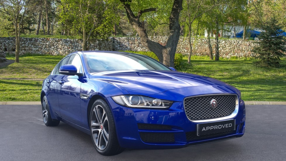 Jaguar XE 2.0d [180] Portfolio Diesel Automatic 4 door Saloon (2018)