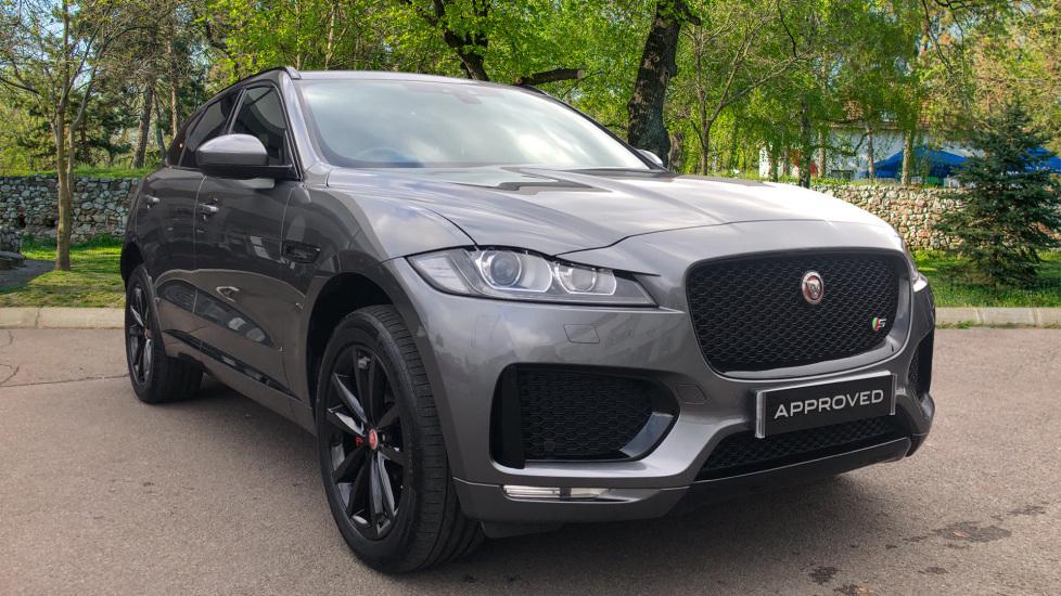 Jaguar F-PACE 3.0 Supercharged V6 S 5dr AWD Automatic 4 door Estate (2018) image