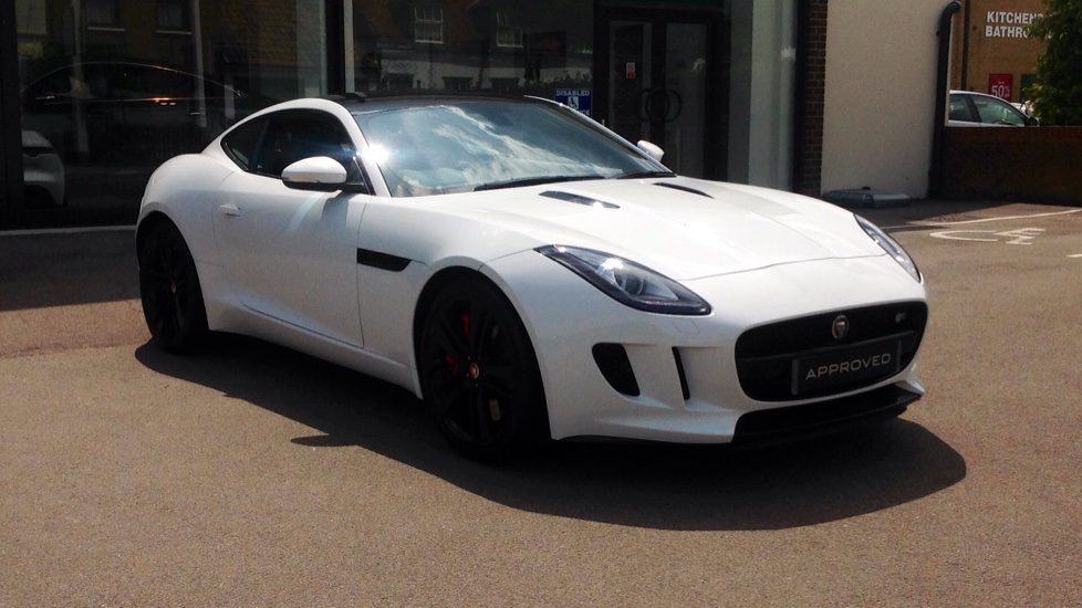Jaguar F-TYPE 3.0 Supercharged V6 S 2dr Low Miles High Spec Automatic 3 door Coupe (2016)