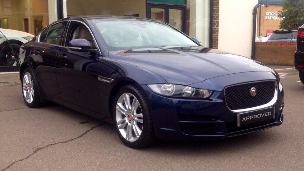 Jaguar XE 2.0 Prestige Automatic 4 door Saloon (2017) image