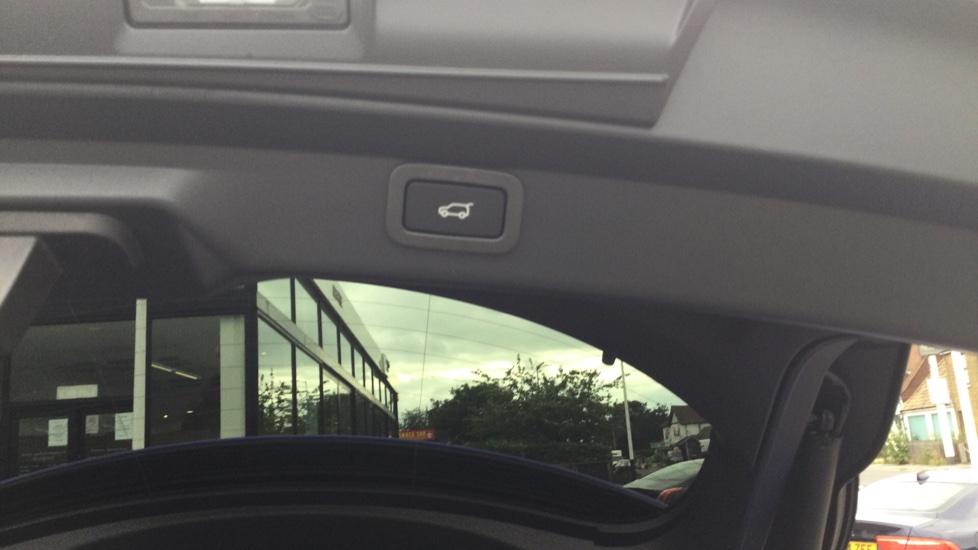 Jaguar I-PACE EV400 AWD Auto HSE- PAN ROOF - BLACK PACK - PRIVACY image 16