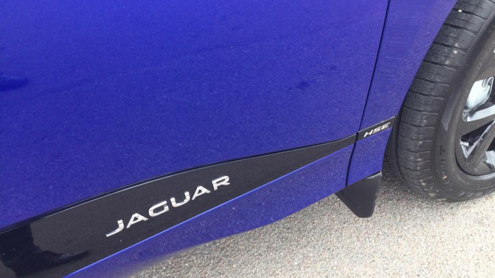 Jaguar I-PACE EV400 AWD Auto HSE- PAN ROOF - BLACK PACK - PRIVACY image 17
