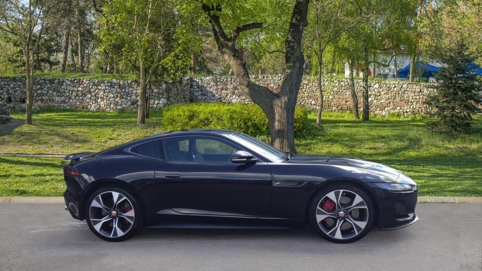 Jaguar F-TYPE 5.0 P450 S/C V8 First Edition 2dr AWD image 5