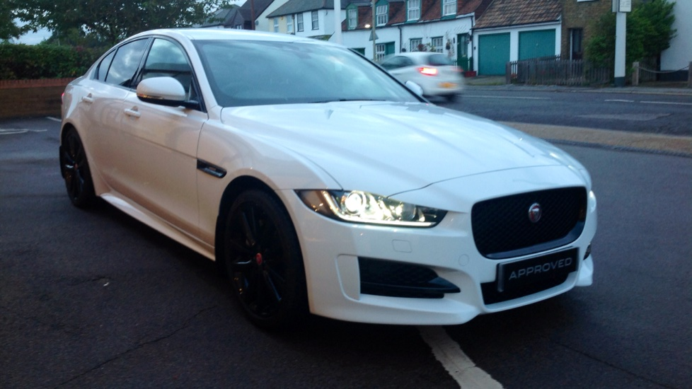 Jaguar XE 2.0 Ingenium R-Sport High Spec with InControl Touch Pro Automatic 4 door Saloon (2018) image