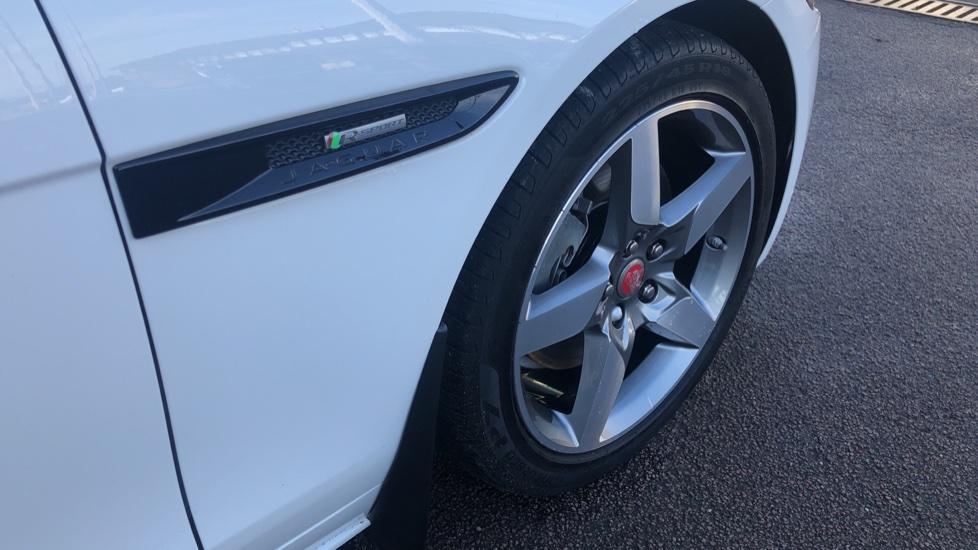 Jaguar XE 2.0 R-Sport image 10