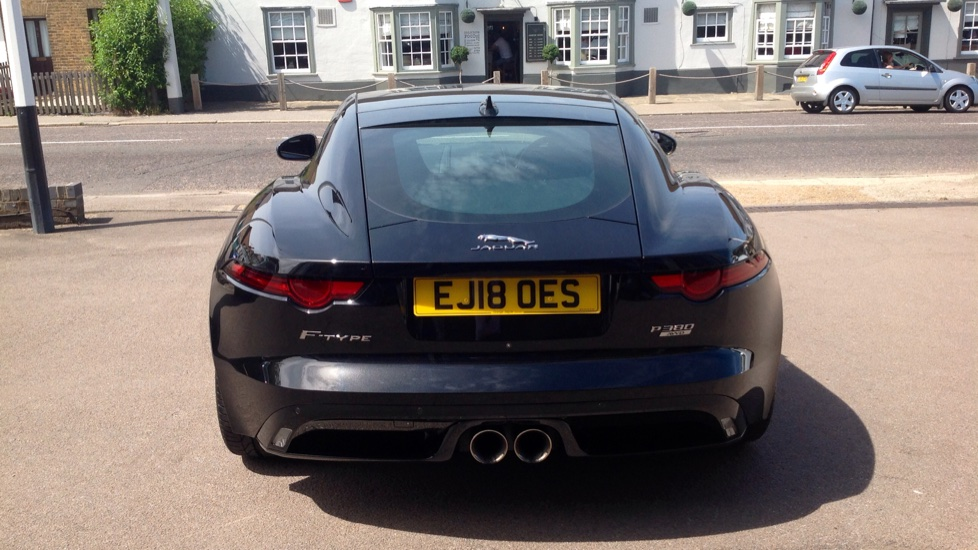 Jaguar F-TYPE 3.0 [380] Supercharged V6 R-Dynamic 2dr AWD image 16