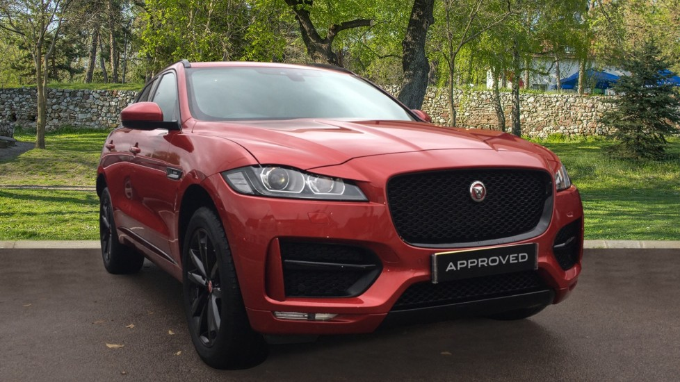 Jaguar F-PACE 2.0d R-Sport 5dr AWD Pan Roof, Black Pack, 20 inch Alloys Diesel Automatic Estate (2018)