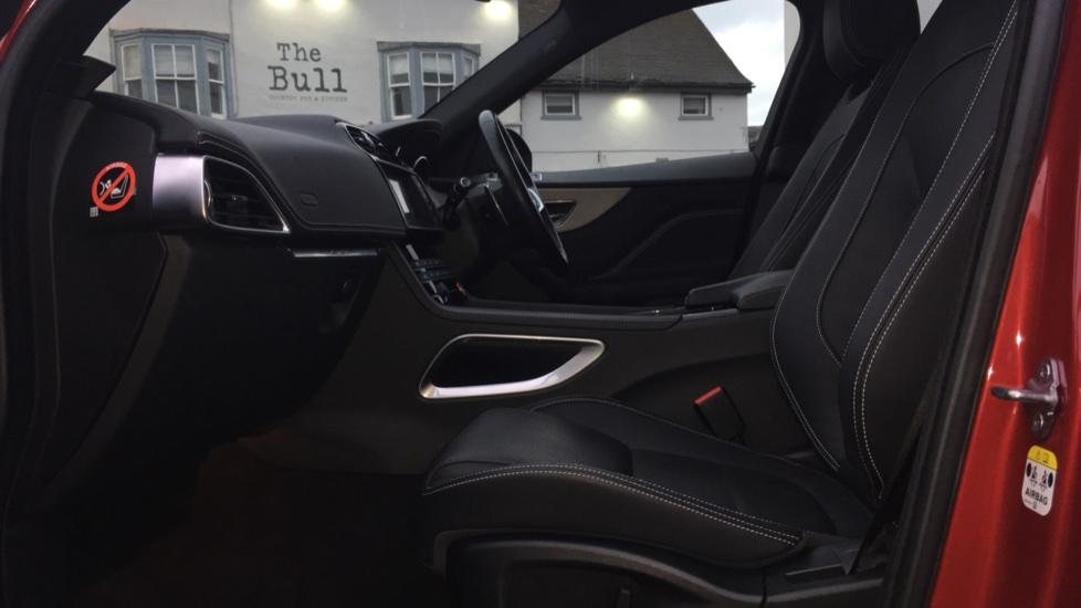Jaguar F-PACE 2.0d R-Sport 5dr AWD Pan Roof, Black Pack, 20 inch Alloys image 3
