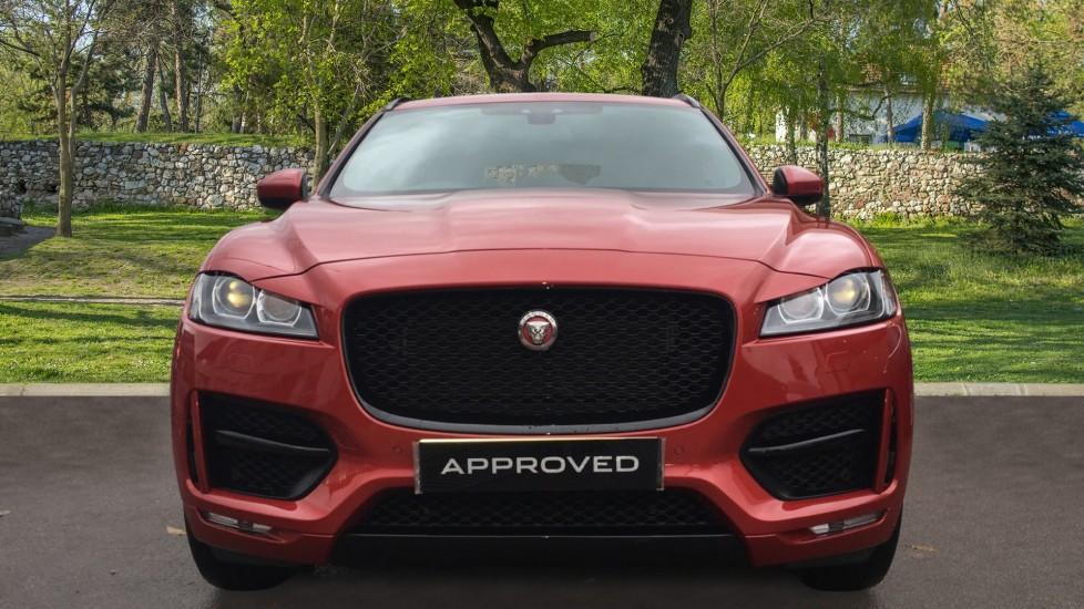 Jaguar F-PACE 2.0d R-Sport 5dr AWD Pan Roof, Black Pack, 20 inch Alloys image 7