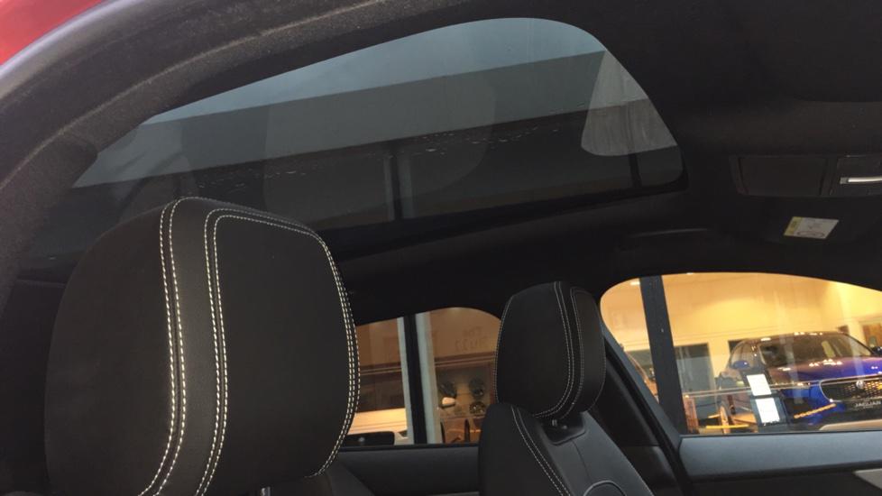 Jaguar F-PACE 2.0d R-Sport 5dr AWD Pan Roof, Black Pack, 20 inch Alloys image 16