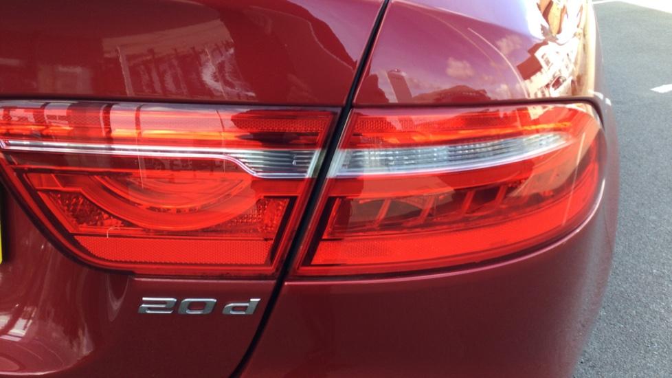 Jaguar XE 2.0d [180] Prestige image 16