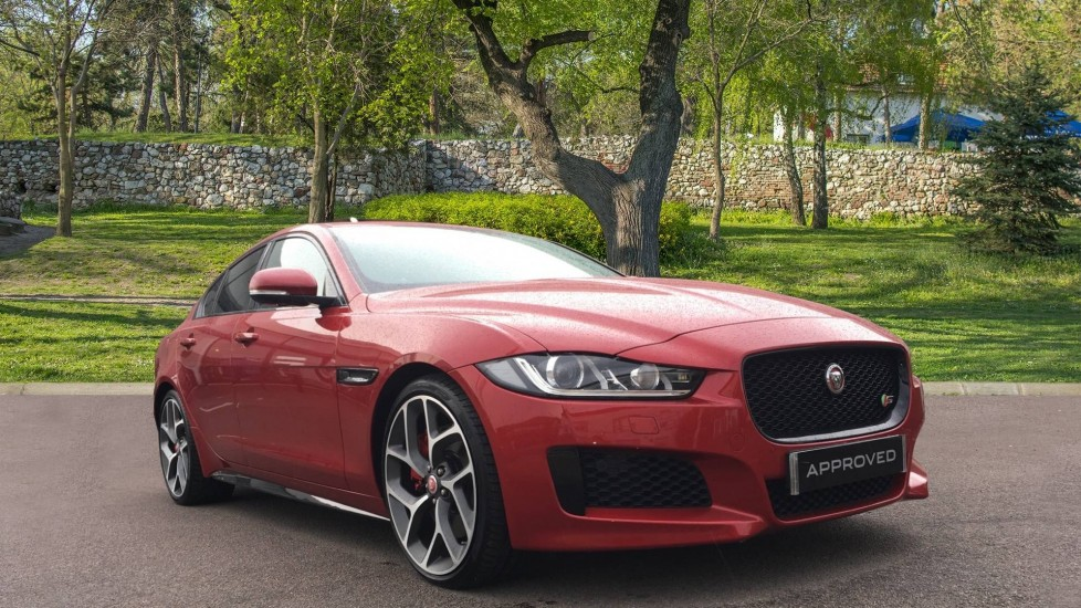 Jaguar XE 3.0 V6 Supercharged S Automatic 4 door Saloon (2017)