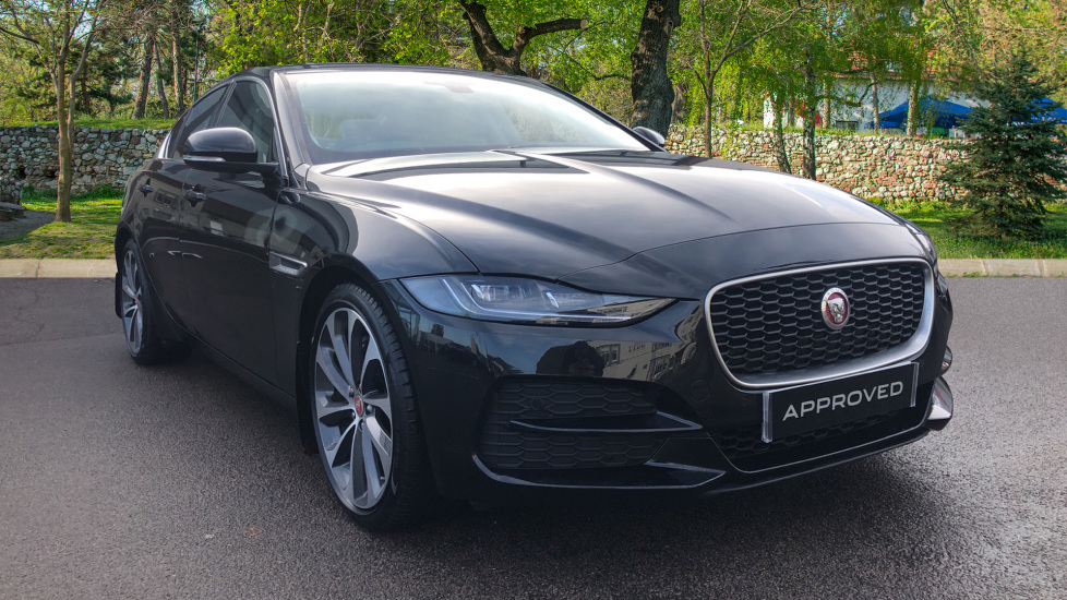 Jaguar XE 2.0d S High Spec with 19inch Alloys Diesel Automatic 4 door Saloon (2020)