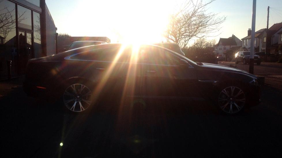 Jaguar XJ 3.0d V6 Portfolio [8] image 9