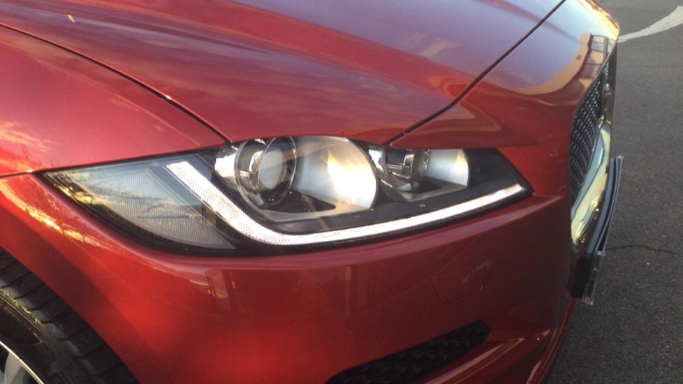 Jaguar F-PACE 2.0 Portfolio 5dr AWD image 13