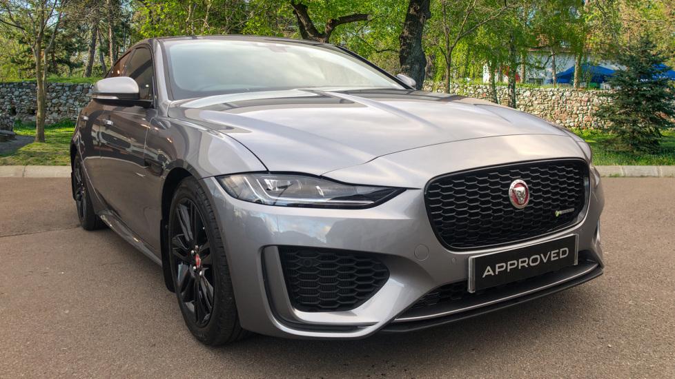 Jaguar XE 2.0 R-Dynamic SE 4dr High Spec Demo Car Automatic Saloon (2020)