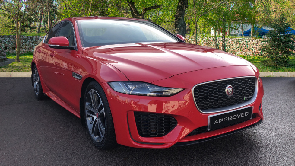 Jaguar XE 2.0 R-Dynamic SE Automatic 4 door Saloon (2020) image