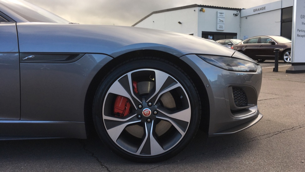 Jaguar F-TYPE 5.0 P450 S/C V8 First Edition 2dr AWD with Pan Roof image 8