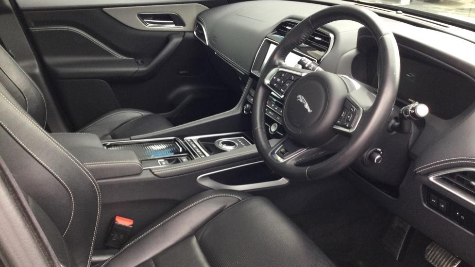 Jaguar F-PACE 3.0d V6 S 5dr AWD - Panoramic Sunroof - BSM image 18