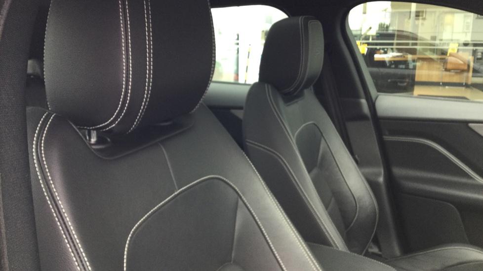 Jaguar F-PACE 3.0d V6 S 5dr AWD - Panoramic Sunroof - BSM image 27