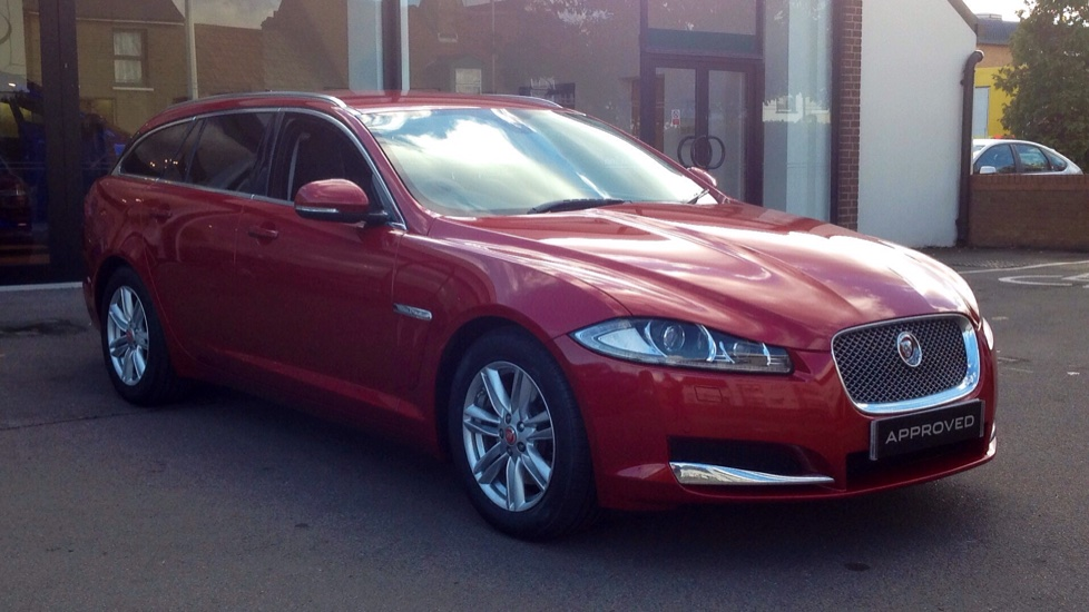 Jaguar XF 2.2d [163] Luxury 5dr Diesel Automatic Estate (2015) image