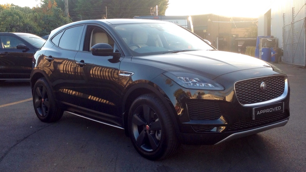 Jaguar E-PACE 2.0 SE 5dr Automatic Estate (2018) image