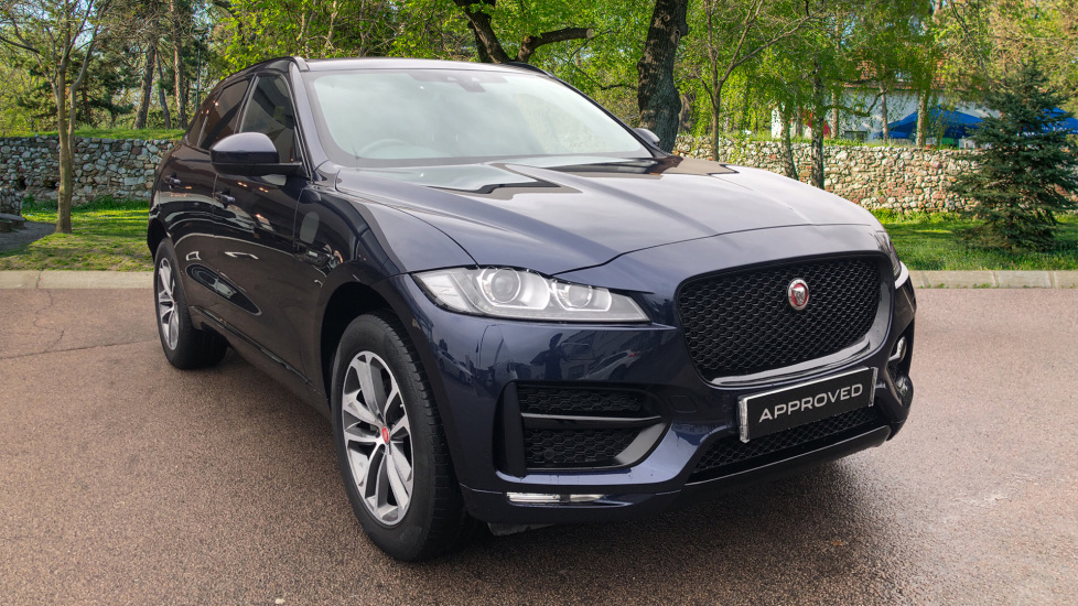 Jaguar F-PACE 2.0d R-Sport 5dr AWD Diesel Automatic 4 door Estate (2018) image