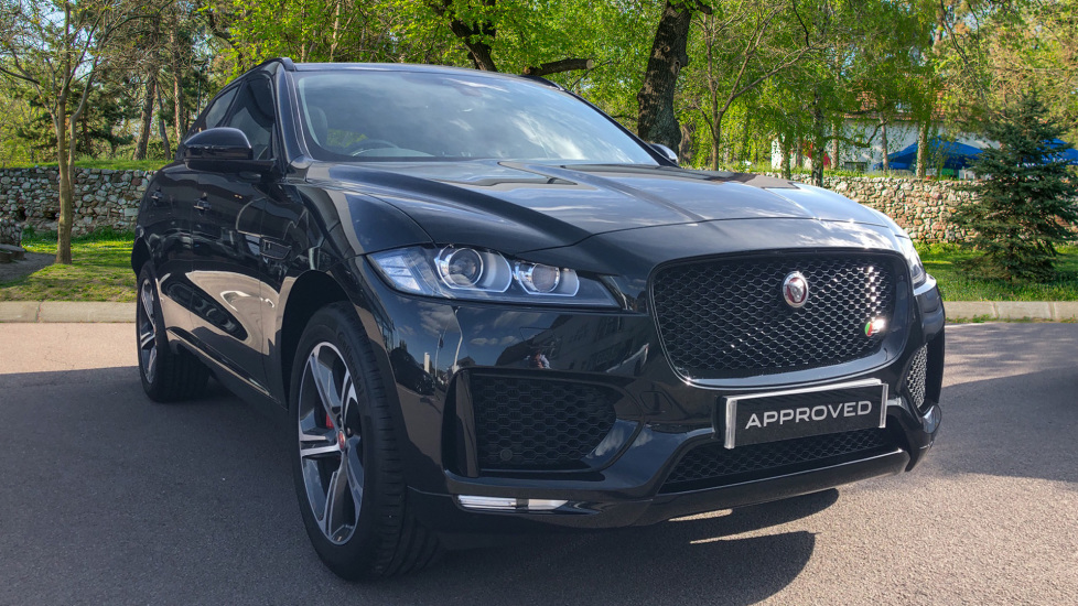 Jaguar F-PACE 3.0d V6 S 5dr AWD High Spec Ex Director's Car  Diesel Automatic 4 door Estate (2019)