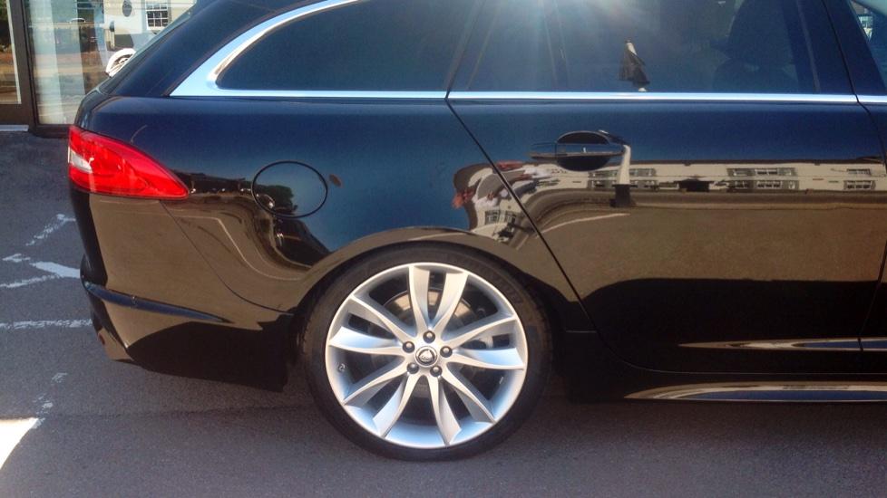 Jaguar XF 30d V6 S Portfolio 5dr Diesel Automatic 4 Door Estate