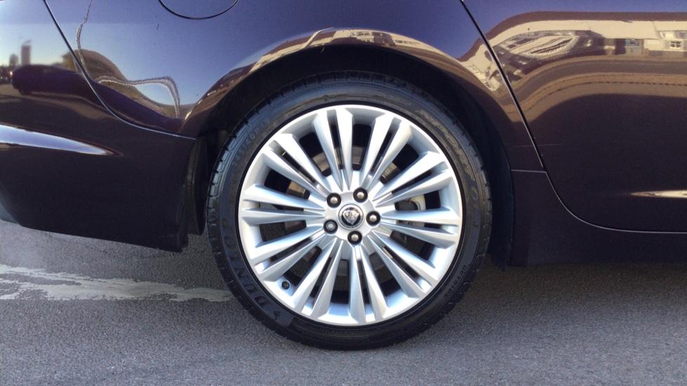 Jaguar XF 3.0d V6 Portfolio [Start Stop] image 8