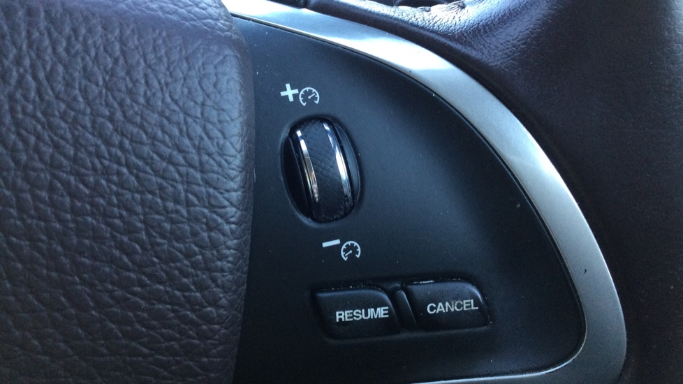 Jaguar XF 3.0d V6 Portfolio [Start Stop] image 23