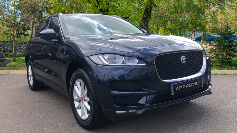 Jaguar F-PACE 2.0d Prestige 5dr AWD Diesel Automatic 4 door Estate (2017) image