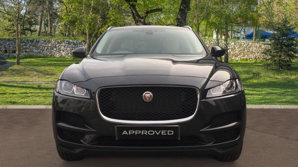 Jaguar F-PACE 2.0 Portfolio 5dr AWD  image 7