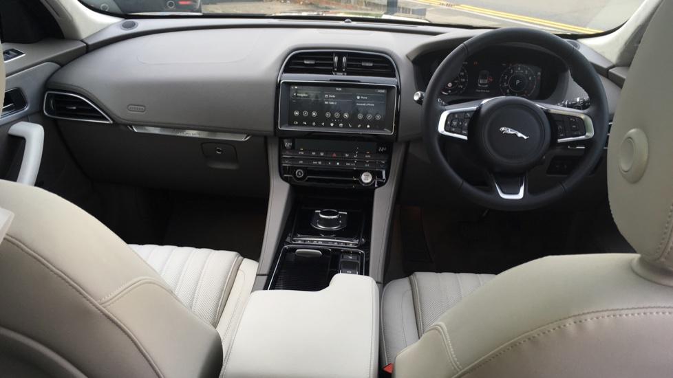 Jaguar F-PACE 2.0 Portfolio 5dr AWD  image 9