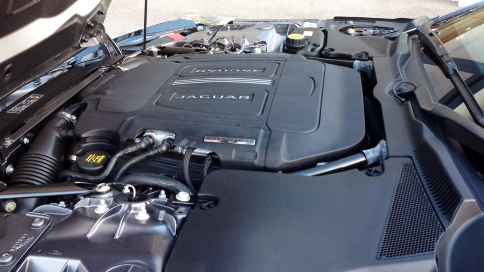 Jaguar F-TYPE 5.0 Supercharged V8 R 2dr image 22
