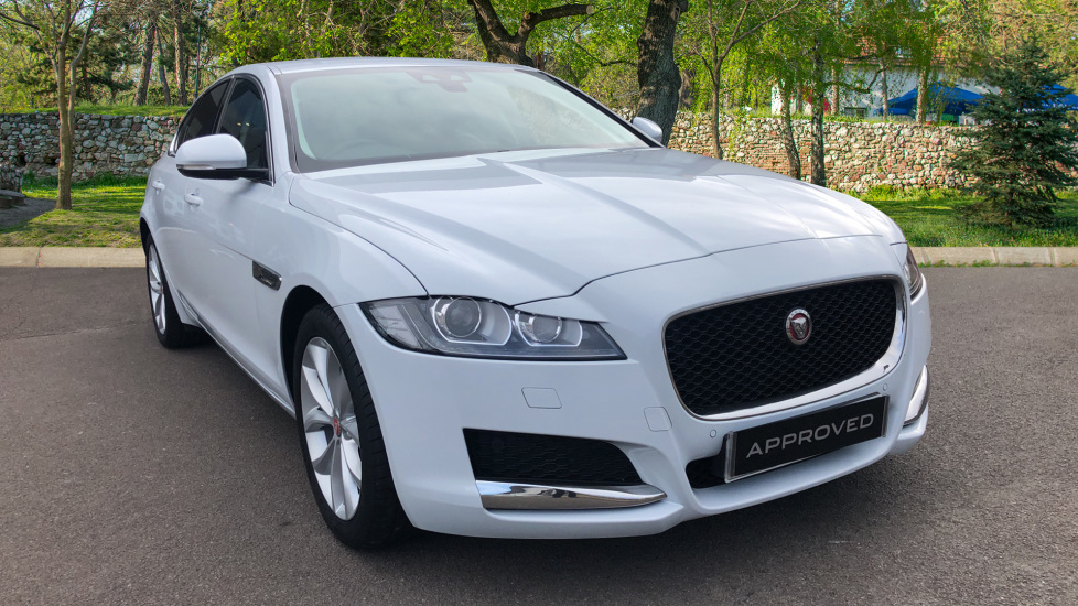Jaguar XF 2.0d [180] Prestige with InControl Diesel Automatic 4 door Saloon (2017)