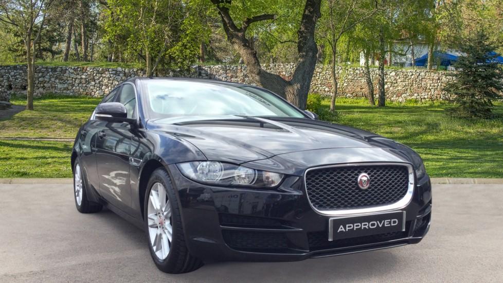 Jaguar XE 2.0 Prestige - Low Miles - Rear Camera - Automatic 4 door Saloon