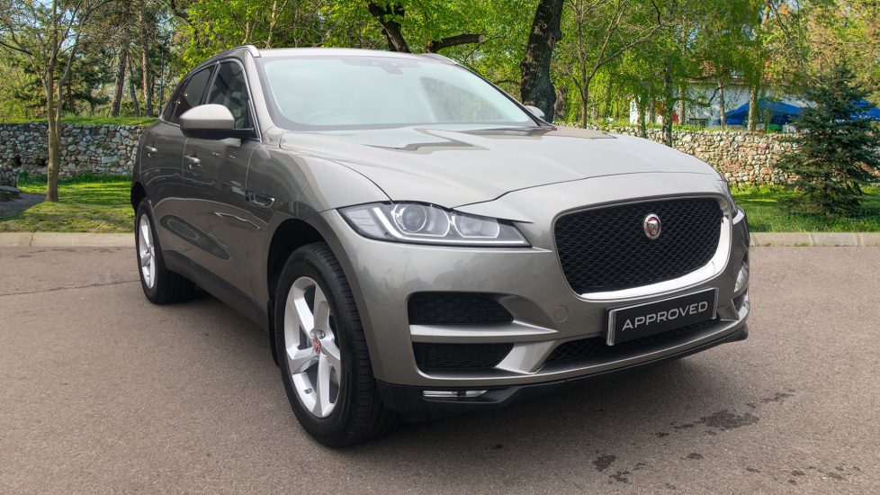 Jaguar F-PACE 2.0d Prestige 5dr AWD Diesel Automatic 4 door Estate (2018) image