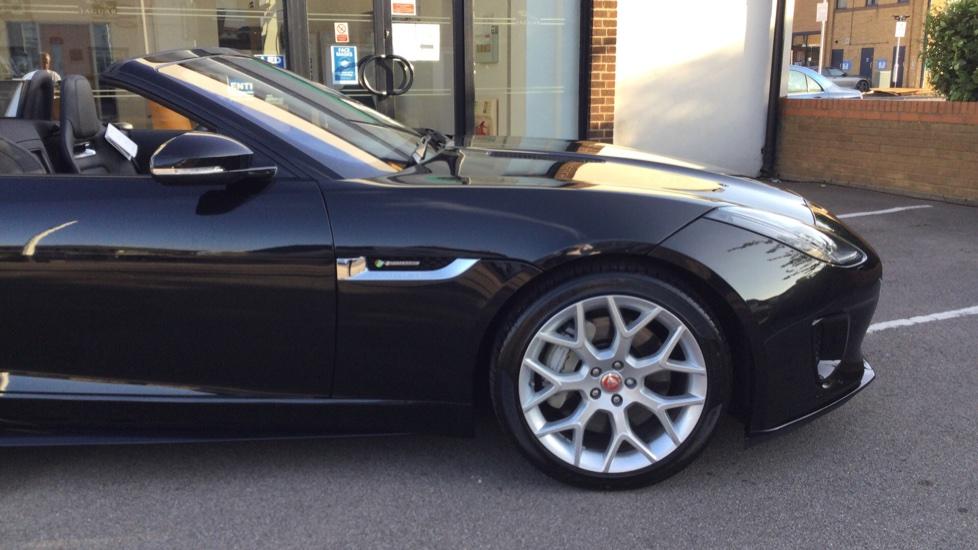 Jaguar F-TYPE 3.0 Supercharged V6 R-Dynamic - Only 140 Miles - image 11