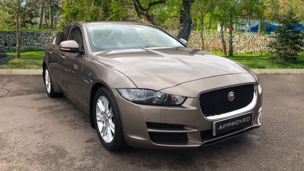 Jaguar XE 2.0 Prestige Automatic 4 door Saloon (2016) image