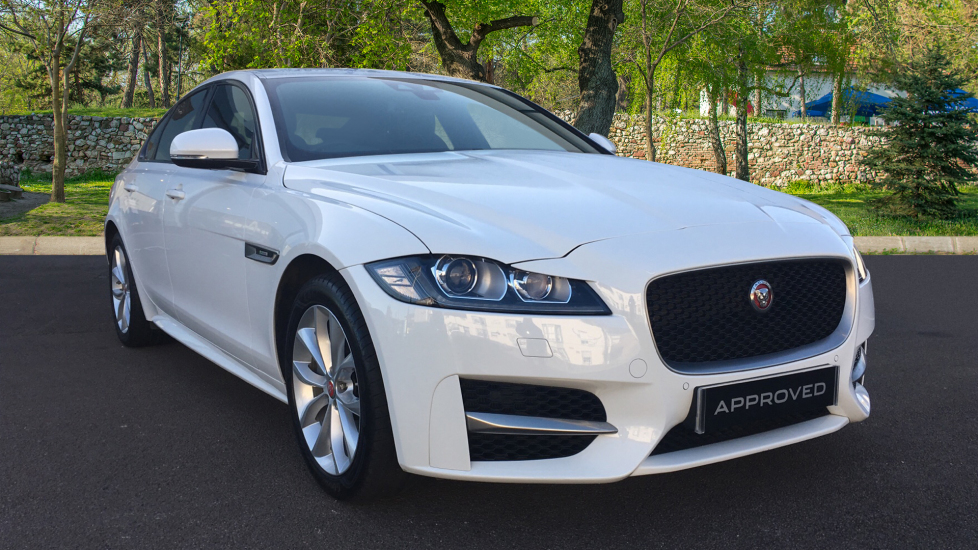 Jaguar XF 2.0i R-Sport Automatic 4 door Saloon (2018)