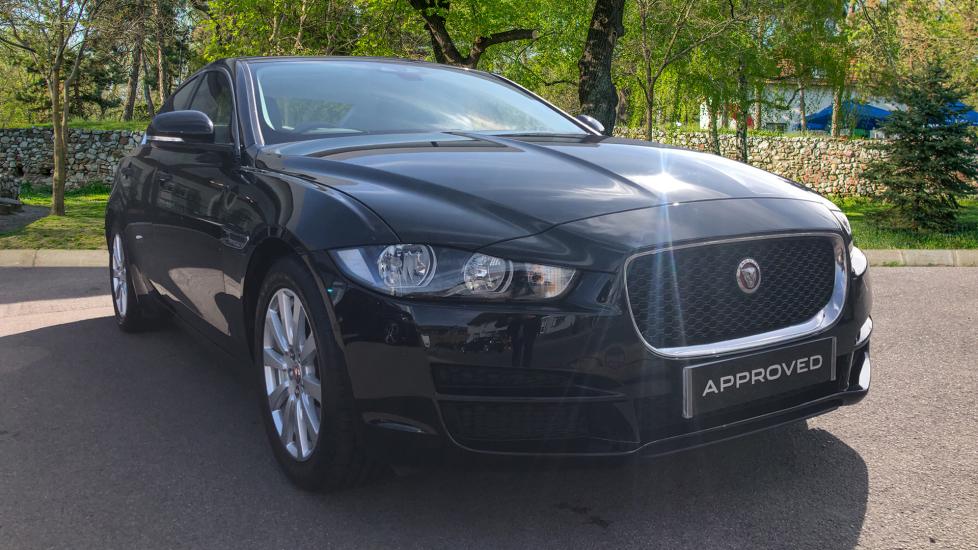 Jaguar XE 2.0 SE Low Mileage  Automatic 4 door Saloon (2016)