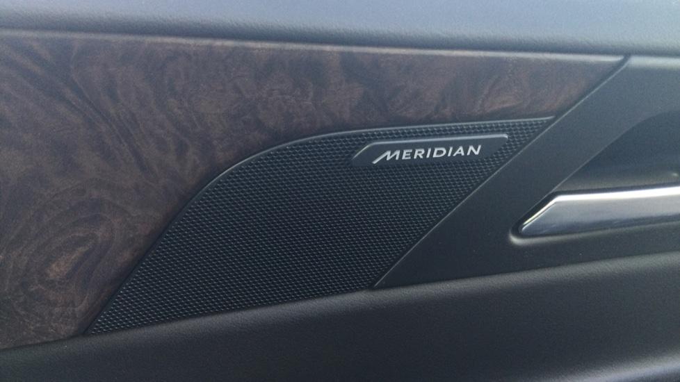 Jaguar XE 2.0 Ingenium Portfolio High Spec image 26